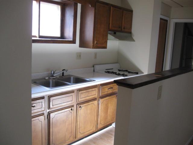 700B Kitchen